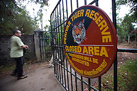 20080131_Periyar, India_ A tourist enters the main entrance to  the Periyar Wildlife Sancuary in the Southern Indian state of Kerala.  Photographer: Daniel J. Groshong/Tayo Photo Group