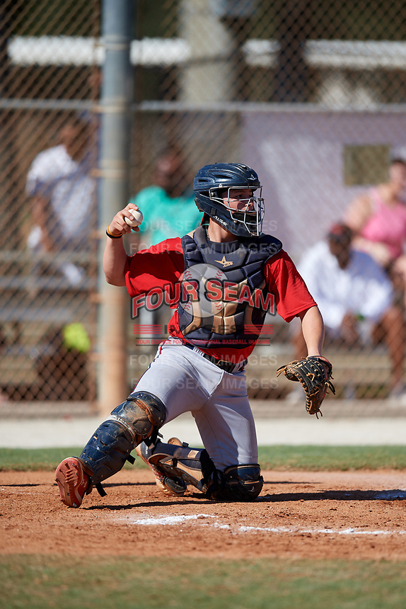 Ethan Hearn during the WWBA World Championship at the Roger Dean Complex on October 21, 2018 in Jupiter, Florida.  Ethan Hearn is a catcher from Mobile, Alabama who attends Mobile Christian School and is committed to Mississippi State.  (Mike Janes/Four Seam Images)