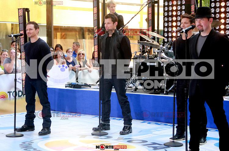 August 17, 2012 Drew Lachey,Nick Lachey, Jeff Timmon,  Justin Jeffre, 98 Degrees perform on the NBC's Today Show Toyota Concert Serie at Rockefeller Center in New York City.Credit:© RW/MediaPunch Inc. /NortePhoto.com<br /> <br /> **SOLO*VENTA*EN*MEXICO**<br />  **CREDITO*OBLIGATORIO** *No*Venta*A*Terceros*<br /> *No*Sale*So*third* ***No*Se*Permite*Hacer Archivo***No*Sale*So*third*