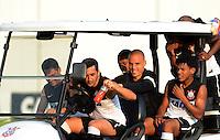 SÃO PAULO,SP,28 FEVEREIRO 2013 - TREINO CORINTHIANS jogadores durante treino do Corinthians no CT Joaquim Grava, no Parque Ecologico do Tiete, zona leste de Sao Paulo, na tarde desta segunda feira. O time se prepara para o jogo  contra o Santos  em Sao Paulo valido pela primeira 10 rodada do paulistao 2013. FOTO ALAN MORICI - BRAZIL FOTO PRESS