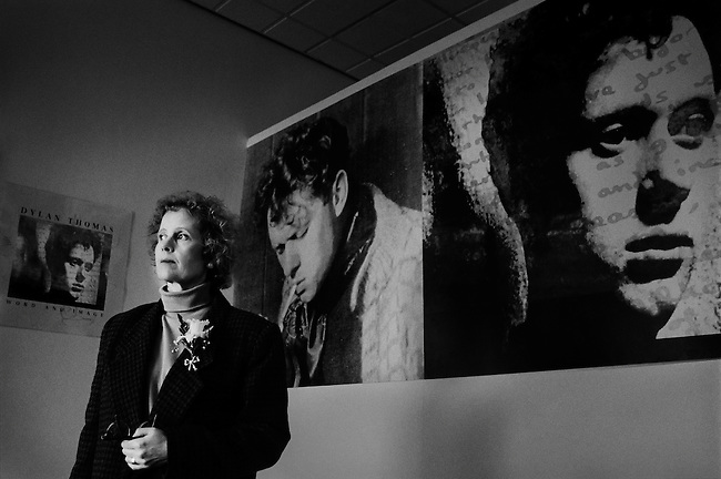 Aeron Thomas Ellis, daughter of the poet Dylan Thomas, at an exhibition about her father.<br />