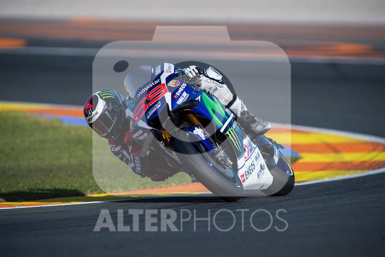 VALENCIA, SPAIN - NOVEMBER 11: Jorge Lorenzo during Valencia MotoGP 2016 at Ricardo Tormo Circuit on November 11, 2016 in Valencia, Spain
