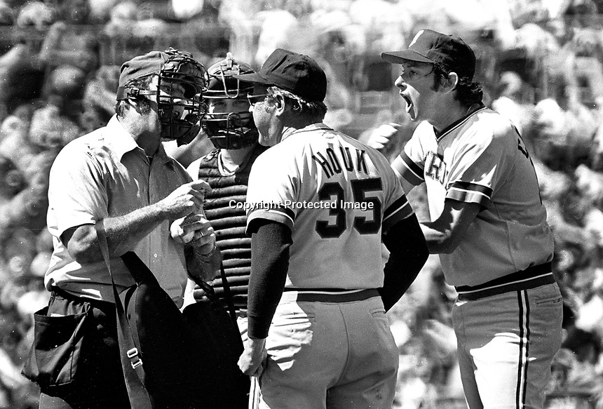 Detroit Tiger manager Ralph Houk argues with home plate umpire..           (1974 phgoto/Ron Riesterer)