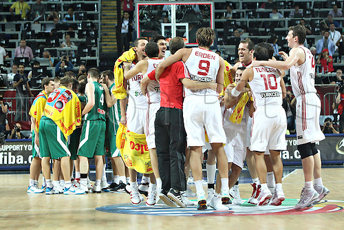 08.09.2010 Players of Turkey Celebrate Victory After The Quarter Finals Match Against Slovenia in The 2010 FIBA Basketball World Championship in Istanbul, Turkey Sept 8th 2010 Turkey  qualified for The Semi-Finals After defeating Slovenia 95-68