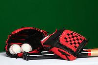 Glove, ball, bat, baseball accessories, baseball equipment,<br /> <br /> <br /> Guante, pelota,  bat,accesorios del Besbol, Equipamento de Beisbol, <br /> <br /> (Photo:Luis Gutierrez/ NortePhoto.com)