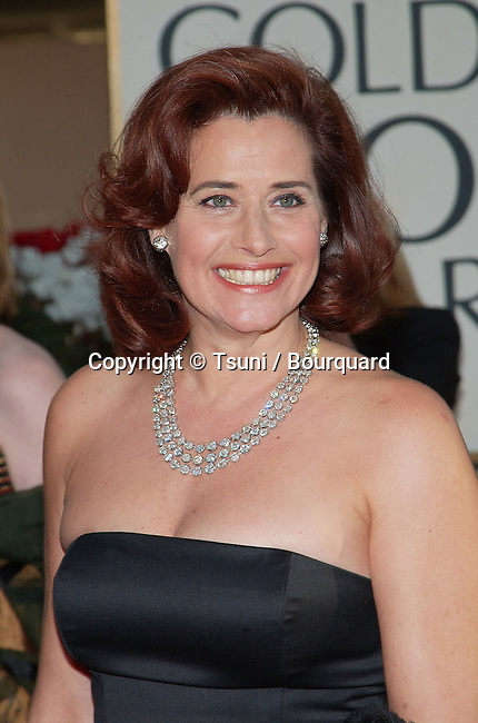 Lorraine Bracco arrives at the 59th Golden Globes Awards at the Beverly Hilton in Los Angeles. January 20, 2002. BraccoLorraine56.jpg
