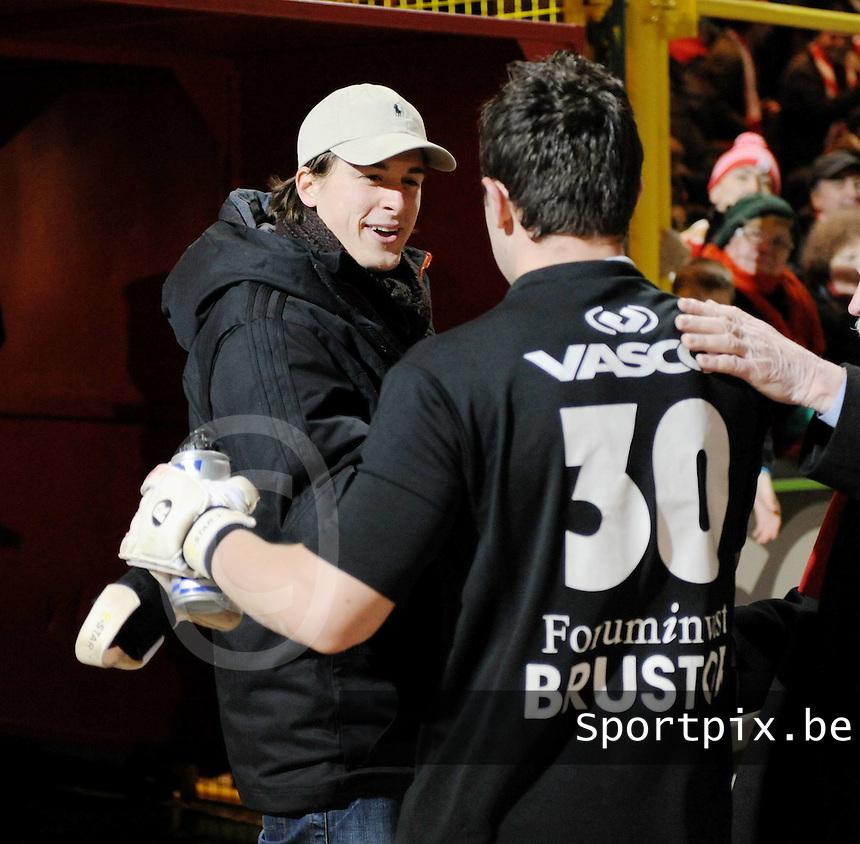 KV Kortrijk - Cercle Brugge..Damien Lahaye krijgt felecitaties van collega Glenn Verbauwhede (links)..foto VDB / BART VANDENBROUCKE