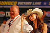 Scott Dixon, Chip Ganassi Racing Honda Chip Ganassi and Emma Dixon