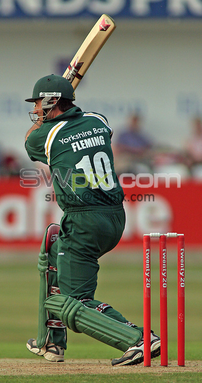 PICTURE BY VAUGHN RIDLEY/SWPIX.COM -  Cricket - Twenty20 Cup - Yorkshire v Nottinghamshire - Headingley, Leeds, England - 05/07/06...? Simon Wilkinson - 07811 267706...Nottinghamshire's Stephen Fleming.