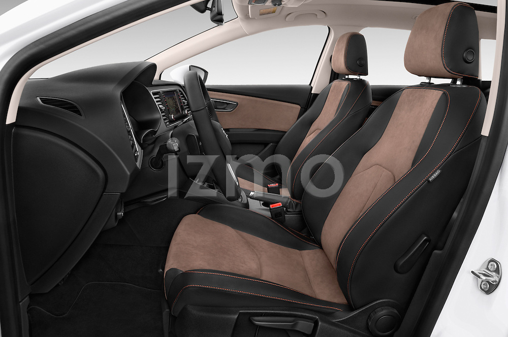 Front seat view of a 2015 Seat Leon Style Copa 4 Door Hatchback Front Seat car photos
