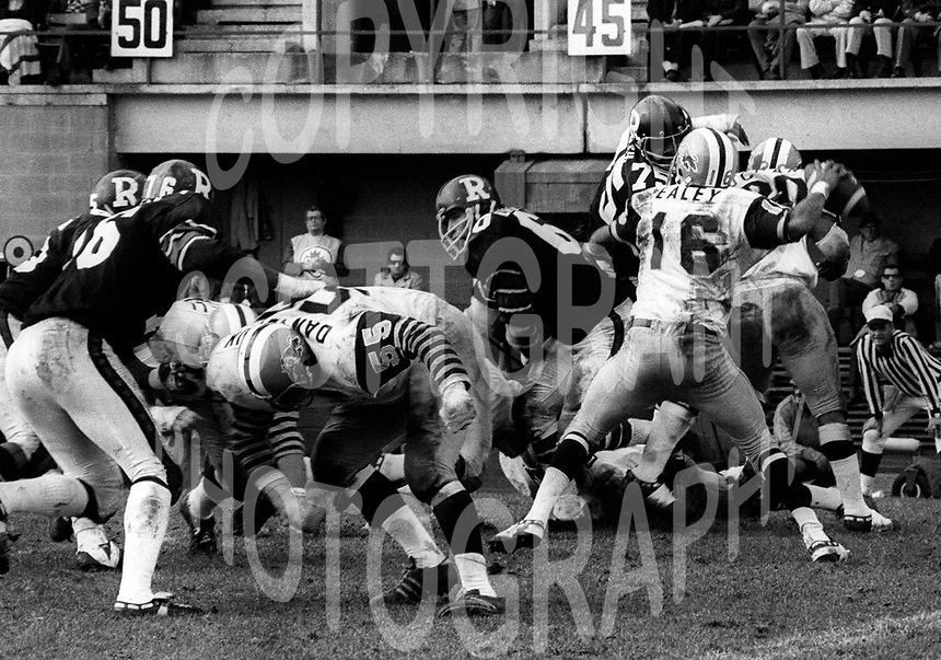 Chuck Ealey Bill Danychuk Hamilton Tiger Cats 1973. Photo Ted Grant