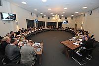 POLITIEK: JOURE: 06-01-2014, Gemeentehuis Heremastate, Raadsvergadering gemeente De Friese Meren, overzicht raadszaal, ©foto Martin de Jong