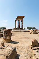 Italy, Italia, Sicilia, Sicily, Agrigento, Valle dei templi, Valley of the temples, sito archeologico, archeological site
