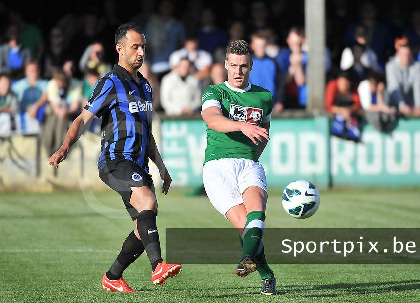 Torhout KM - Club Brugge KV : Ruben Pyck aan de bal voor Victor Vazquez (links)<br /> foto VDB / Bart Vandenbroucke