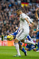 Real Madrid´s Karim Benzema and Deportivo de la Coruna's Laureano Sanabria Ruiz during 2014-15 La Liga match between Real Madrid and Deportivo de la Coruna at Santiago Bernabeu stadium in Madrid, Spain. February 14, 2015. (ALTERPHOTOS/Luis Fernandez) /NORTEphoto.com