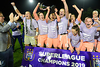 20190430 - OOSTAKKER , BELGIUM : Anderlecht's chairman Marc Coucke pictured celebrating with the players - Justien Odeurs , Britt Vanhamel , Laura De Neve and Tine De Caigny and staff after winning the Superleague Championship after a womensoccer game between  AA Gent Ladies and RSC Anderlecht Dames  , during play-off 1 in the Belgian Women's Superleague, at the PGB Stadium in Oostakker , tuesday 30 th April 2019 . PHOTO SPORTPIX.BE | DAVID CATRY