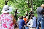CHORALE<br /> <br /> De et avec : Laetitia Dosch, Tiphanie Bovay-Klameth, Mich&egrave;le Gurtner, Fran&ccedil;ois Gremaud<br /> Administration, production, diffusion : mm - Micha&euml;l Monney<br /> Production : 2b company<br /> Cadre : Festival des Fabriques<br /> Parc Jean Jacques Rousseau<br /> le 27/06/2015<br /> (C)2015 Laurent paillier / photosdedanse.com, tous droits r
