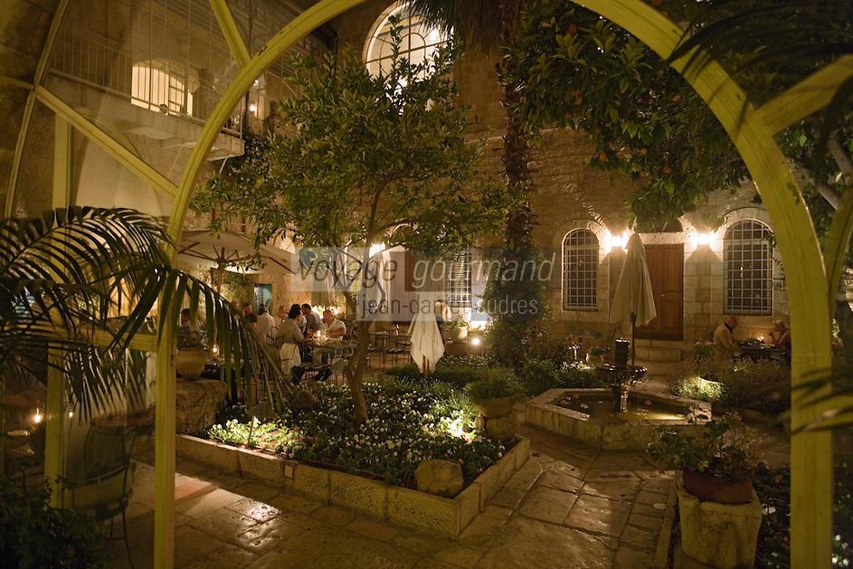 Asie/Israël/Judée/Jérusalem: Hotel Américan Colony lors d'une soirée dans le patio