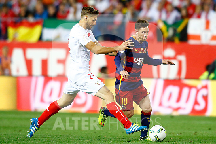 FC Barcelona's Leo Messi (r) and Sevilla CF's Fernando Llorente during Spanish Kings Cup Final match. May 22,2016. (ALTERPHOTOS/Acero)