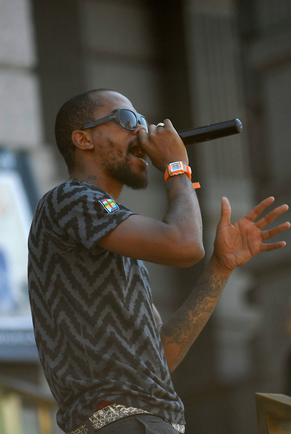 24 Aug 08: Rapper Stickman of the Dead Prez performs on the steps of the Colorado state capitol building. On the day before the Democratic National Convention is scheduled to begin about 1,500 people participated in the ReCreate 68 rally, which included a march from the Colorado state capitol building to the Pepsi Center.