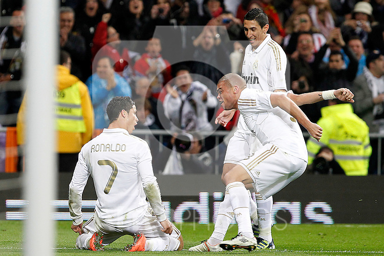 Real Madrid's Cristiano Ronaldo (l), Angel Di Maria (c) and Pepe celebrate goal during La Liga match.April 14,2012. (ALTERPHOTOS/Acero)