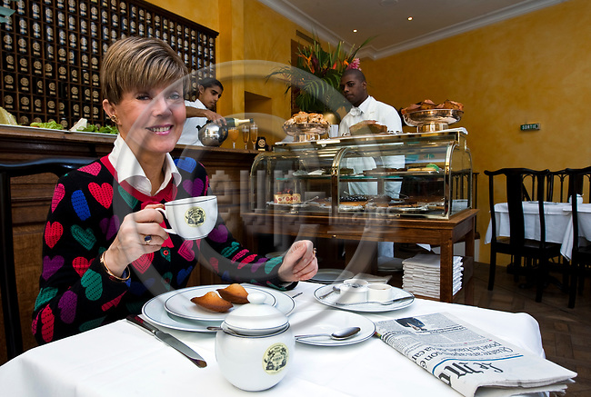 "PARIS - FRANCE - 08 MAY 2011 -- Paris travel city photos. -- Tea house ""Mariage Freres"" Rue des Grands Augustins 13. Helena PETAISTO (Petäistö) correspondent of the Finnish TV MTV3 having some tea. -- PHOTO: Juha ROININEN / EUP-IMAGES"