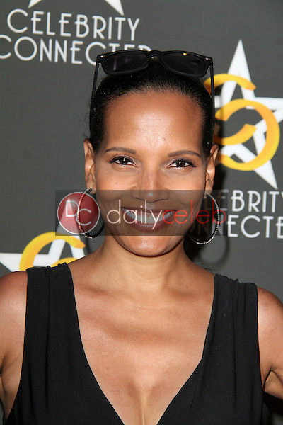 Shari Headly<br />