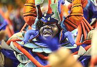 RIO DE JANEIRO, RJ, 11 FEVEREIRO 2013 - CARNAVAL RJ - TIJUCA - Integrantes da escola de samba Tijuca durante desfile no primeiro dia do Grupo Especial no Sambódromo Sapucai nna capital fluminense, na madrugada desta segunda 11. (FOTO: VANESSA CARVALHO - BRAZIL PHOTO PRESS).