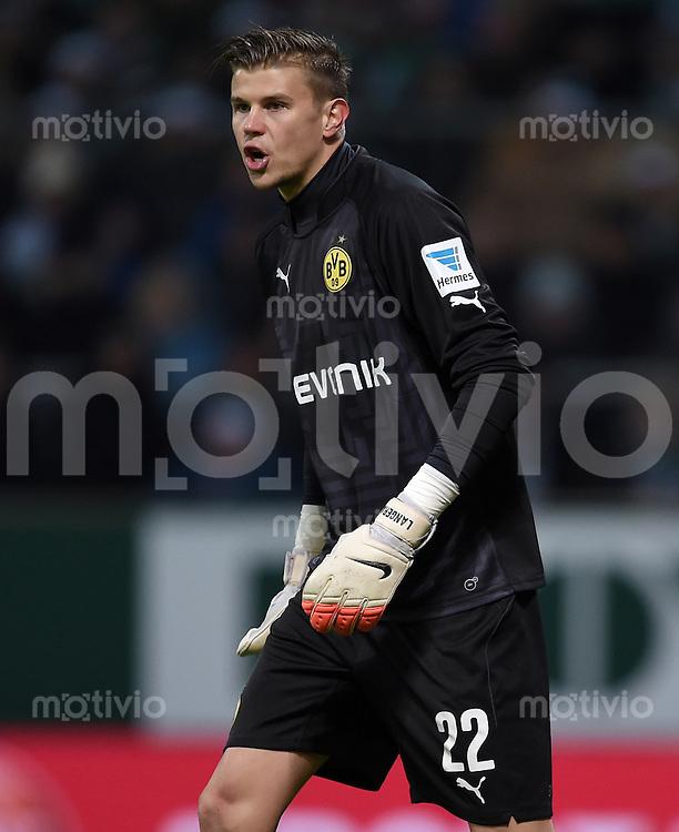 FUSSBALL   1. BUNDESLIGA   SAISON 2014/2015   17. SPIELTAG SV Werder Bremen - Borussia Dortmund                   20.12.2014 Mitchell Langerak (Borussia Dortmund)