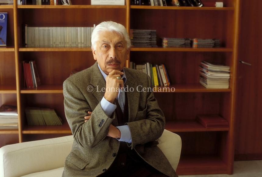 Torino 2004, Igor Man, pseudonimo di Igor Manlio Manzella, è stato un giornalista italiano. Torino 10 maggio 2004. © Leonardo Cendamo