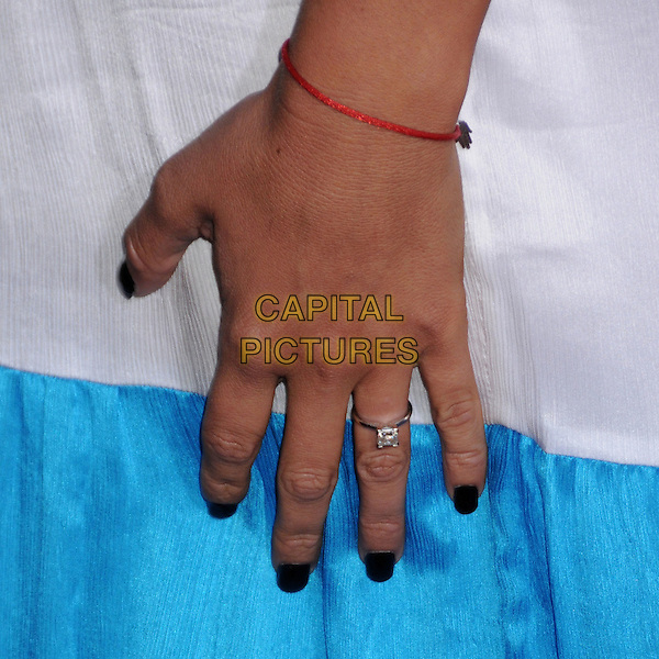 "MARY CAREY .""Vice"" Los Angeles Premiere at Grauman's Chinese Theatre, Hollywood, California, USA, 7 May 2008.detail red bracelet engagement ring hand.CAP/ADM/BP.©Byron Purvis/Admedia/Capital PIctures"