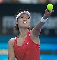Na Li (CHN) against Caroline Wozniacki (DEN) in the first round of the Ladies Singles. Na Li beat Wozniacki 2-6 6-3 6-2  ..International Tennis - Medibank International Sydney - MON 11 Jan 2010 - Sydney Olympic Park  Tennis Centre- Sydney - Australia ..© Frey - AMN Images, 1st Floor, Barry House, 20-22 Worple Road, London, SW19 4DH.Tel - +44 20 8947 0100.mfrey@advantagemedianet.com