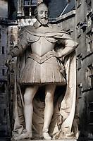 Europe/France/Aquitaine/64/Pyrénées-Atlantiques/Pau: Le château - Détail d'une statue d'Henri IV