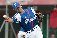 30 july 2010: Robin Allemand of France throws the ball to first base during Sweden 3-2 win over France, in day 6 of the 2010 European Championship Seniors, at TV Cannstatt ballpark, in Stuttgart, Germany.