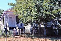 Galveston:  Two shotgun houses, 911 & 913 Sealy St.