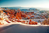 USA, Utah, Bryce Canyon City, Bryce Canyon National Park, sweeping views of the Bryce Amphitheater and Hoodoos from Sunrise Point