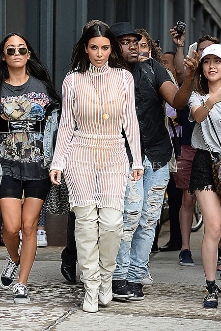 www.acepixs.com<br /> September 7, 2016 New York City<br /> <br /> Kim Kardashian seen in New York City on September 7, 2016.<br /> <br /> Credit: Kristin Callahan/ACE Pictures<br /> <br /> tel: 646 769 0430<br /> Email: info@acepixs.com