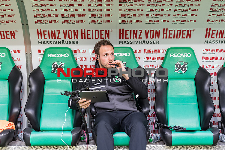 09.02.2019, HDI Arena, Hannover, GER, 1.FBL, Hannover 96 vs 1. FC Nuernberg<br /> <br /> DFL REGULATIONS PROHIBIT ANY USE OF PHOTOGRAPHS AS IMAGE SEQUENCES AND/OR QUASI-VIDEO.<br /> <br /> im Bild / picture shows<br /> Lars Barlemann (Videoanalyst Hannover 96) bereitet Tablet und Headset f&uuml;r Spiel vor, <br /> <br /> Foto &copy; nordphoto / Ewert