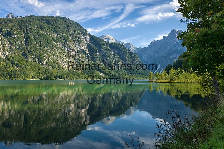 Oesterreich, Oberoesterreich, Gruenau im Almtal: der Almsee vor dem Toten Gebirge   Austria, Upper Austria, Gruenau im Almtal: lake Almsee and Tote Gebirge mountains