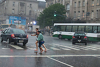 BUENOS AIRES, ARGENTINA, 21.01.2014 - CHUVA BUENOS AIRES - Forte chuva atinge a regiao central de Buenos Aires nesta terca-feira, 21. (Foto: <br /> Patricio Murphy / Brazil Photo Press).
