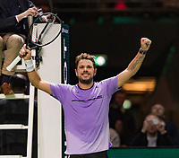 Rotterdam, The Netherlands, 14 Februari 2019, ABNAMRO World Tennis Tournament, Ahoy, quarter final, Stan Wawrinka (SUI) vs Denis Shapovalov (CAN), <br /> Photo: www.tennisimages.com/Henk Koster