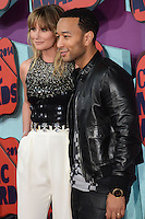 NASHVILLE, TN, USA - JUNE 04: Jennifer Nettles, John Legend at the 2014 CMT Music Awards held at the Bridgestone Arena on June 4, 2014 in Nashville, Tennessee, United States. (Photo by Celebrity Monitor)