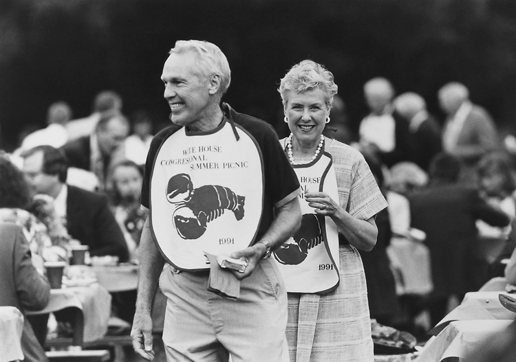 Rep. Dick Nichols, R-Kans., with his wife Connie Nichols at White House Congressional BBQ on June 10, 1991. (Photo by CQ Roll Call)