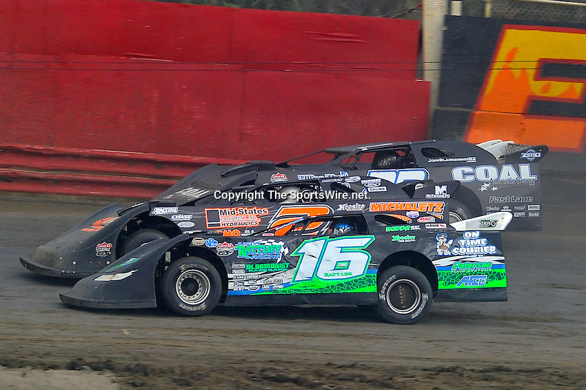 Feb 06, 2010; 3:43:47 PM; Gibsonton, FL., USA; The Lucas Oil Dirt Late Model Racing Series running The 34th Annual Dart WinterNationals at East Bay Raceway Park.  Mandatory Credit: (thesportswire.net)