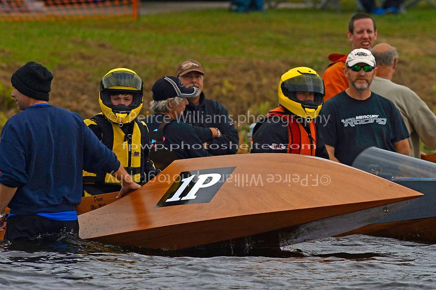 1-P Mac Miller, 25-P Scott Miller                (Outboard Runabouts)