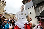 A woman holds a Gareth Bale banner during the Champions League Final match at the Principality Stadium, Cardiff. Picture date: June 3rd, 2017. Pic credit should read: David Klein/Sportimage