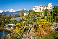 Italien, Suedtirol, Meran: Schloss Trautmannsdorf, Botanischer Garten, Park, vor der Texelgruppe   Italy, South Tyrol (Alto Adige-Trentino), Merano: Castle Trautmannsdorf, Botanical Garden, Park, with Texel Group mountains