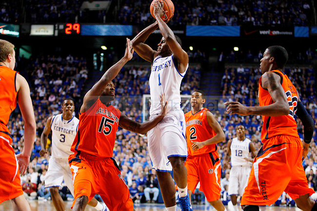 Darius Miller jumps up to throw a pass in the first half of UK's win over the Auburn Tigers at Rupp Arena on Jan. 11, 2011. Photo by Britney McIntosh | Staff