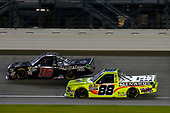 #16: Brett Moffitt, Hattori Racing Enterprises, Toyota Tundra and #88: Matt Crafton, ThorSport Racing, Ford F-150 Menards