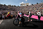 Maglia Rosa Richard Carapaz (ECU) Movistar Team wins the overall general classification at the end of Stage 21 the final stage of the 2019 Giro d'Italia, an individual time trial running 17km from Verona to Verona, Italy. 2nd June 2019<br /> Picture: Marco Alpozzi/LaPresse | Cyclefile<br /> <br /> All photos usage must carry mandatory copyright credit (© Cyclefile | Marco Alpozzi/LaPresse)